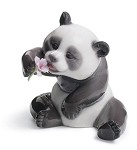 "LLADRO ""A CHEERFUL PANDA"""