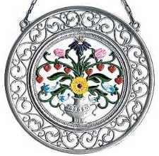 Flower Bouquet Wall Hanging with Filigree Frame